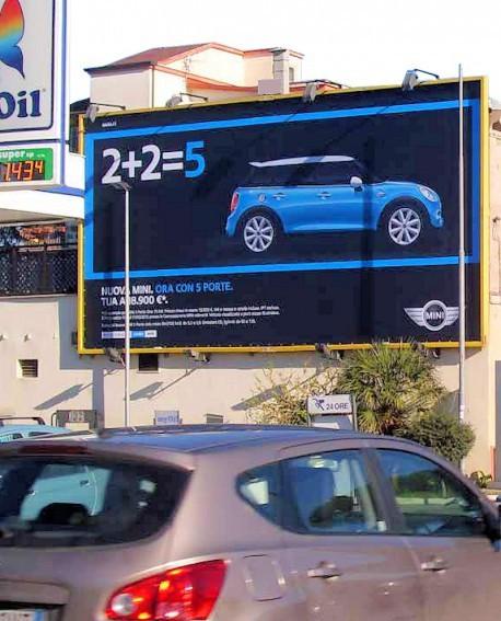Via Aurelia Roma pubblicità MAXI FORMATO ILLUMINATO impianto 1050x550cm outdoor per 14 giorni