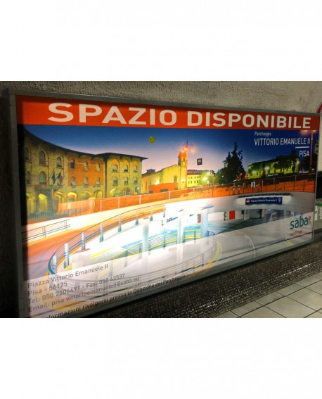 Galleria pedonale Piazza di Spagna pubblicità cartello retroilluminato indoor per 30 giorni Parcheggio Villa Borghese Roma -SAB