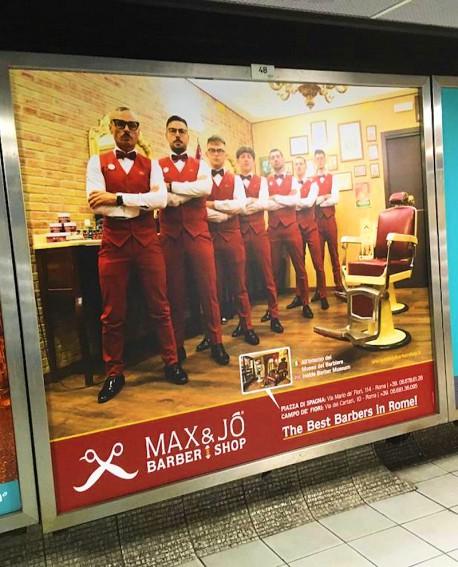 Galleria pedonale Piazza di Spagna pubblicità Cartello 188x164cm indoor per 30 giorni Parcheggio Villa Borghese Roma - SABA