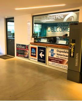Biglietteria, pubblicità cartello 100x70cm indoor per 30 giorni -  Parcheggio Arena Verona - SABA Verona