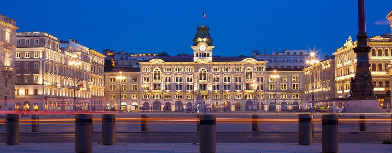 Trieste - Parcheggio centro storico e centro città - spazi pubblicitari affissioni vendita online