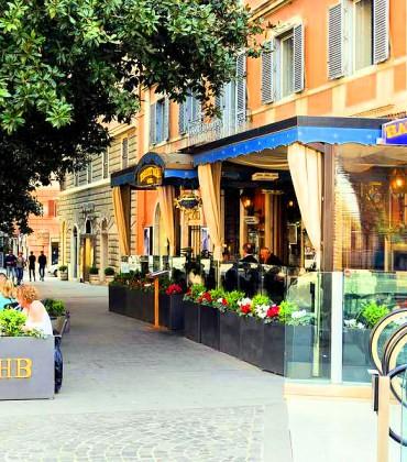Galleria pedonale Via Veneto SABA - Roma Affissioni
